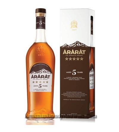 ARARAT ***** 5 years old 0,5l